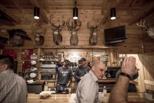 TC-Photos-Kansas-Outfitter-Lodge-Fishing-Hunting-Turkey-Whitetail-Waterfowl-0408-1