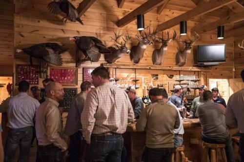 TC-Photos-Kansas-Outfitter-Lodge-Fishing-Hunting-Turkey-Whitetail-Waterfowl-0411-1
