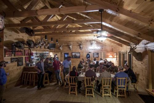 TC-Wildlife-Hunting-Kansas-Experience-Lodge-Membership-0772-1