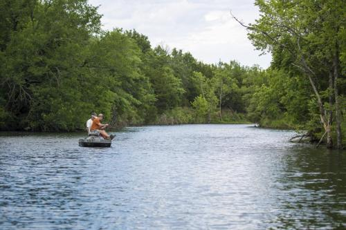 TC Photos Kansas Outfitter Lodge Fishing Hunting Turkey Whitetail Waterfowl 0379 (1)